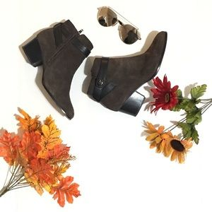 Coach Patricia bootie in brown Sz 7.5